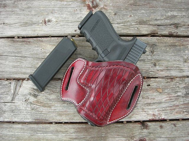Top 6 Best OWB Holsters for Glock 19 Reviews