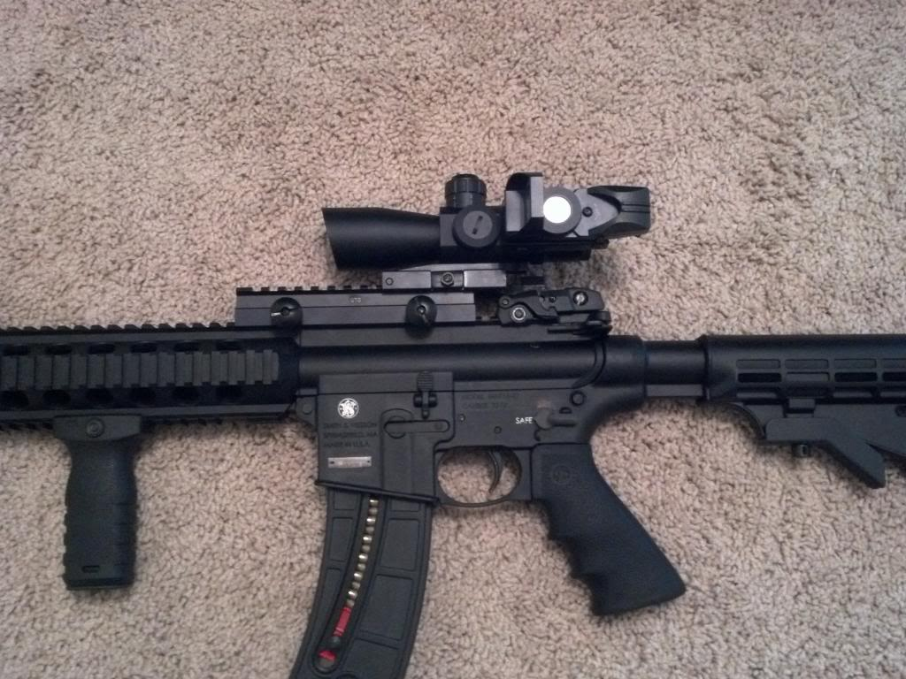 Top 6 Best Scopes for M&P 15-22 On The Market Reviews
