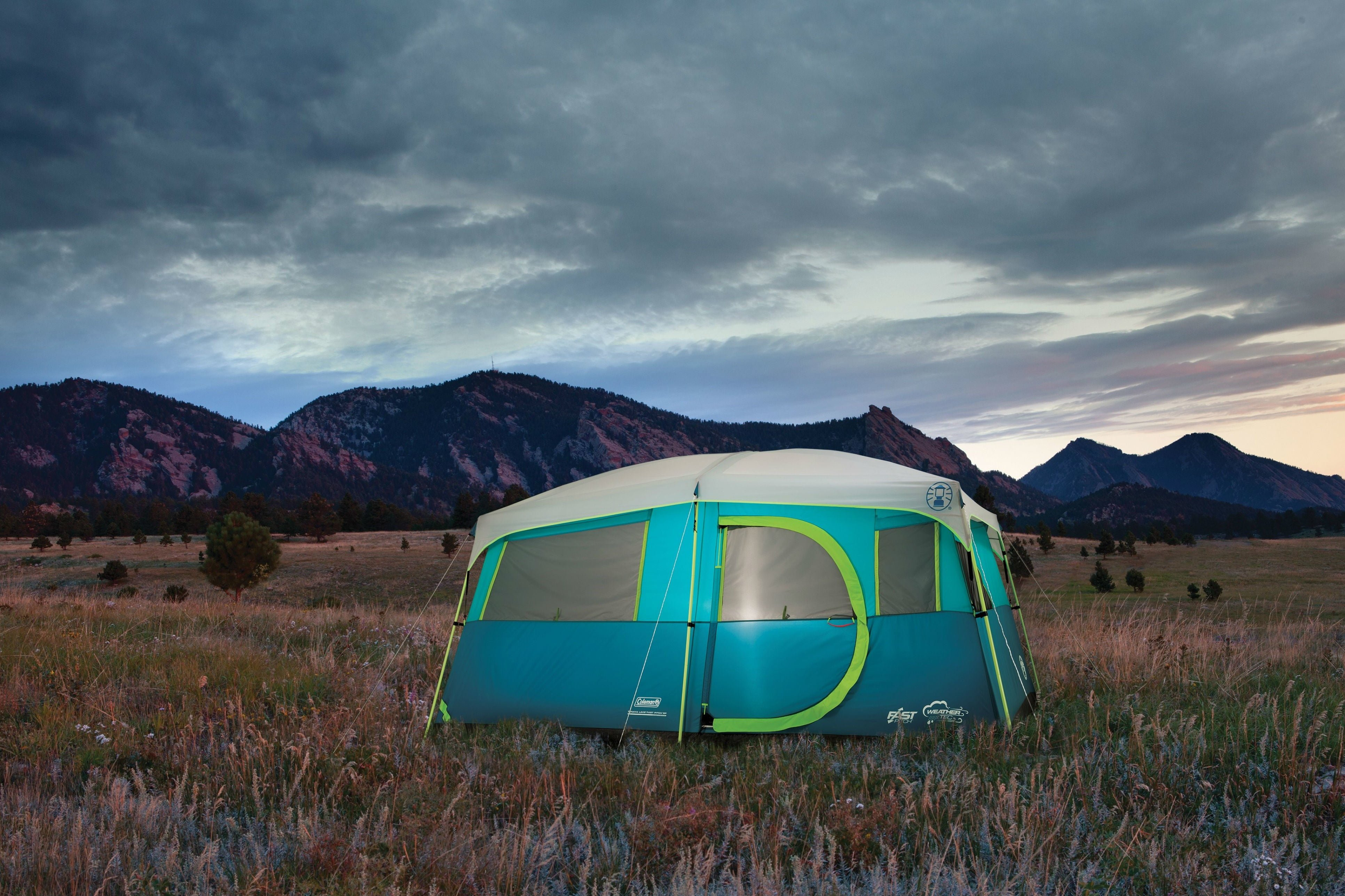 hinged door camping tents